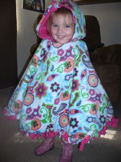 Crafty Mommy At Home: No-Sew Two Layer Fleece Poncho http://craftymommyathome.blogspot.com/