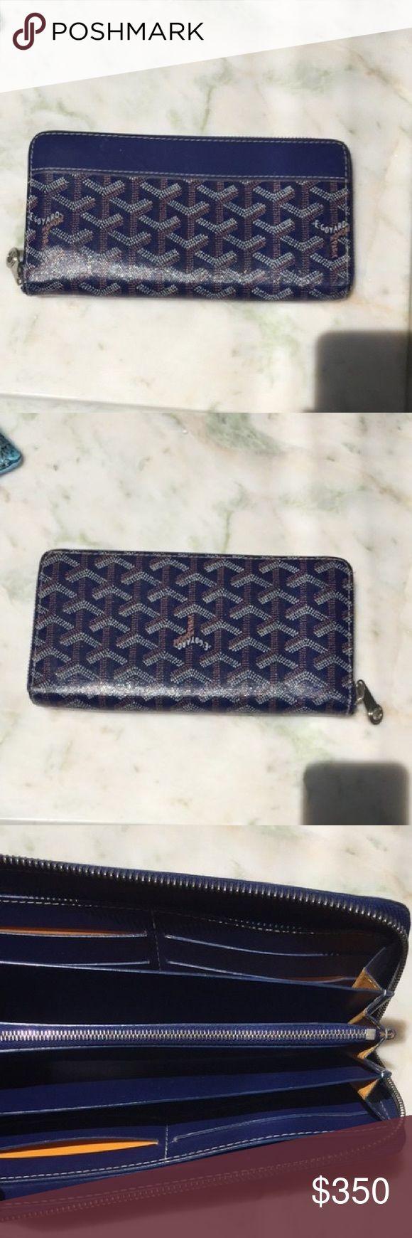 Goyard wallet 8 card slots. 2 pockets. 1 coin purse. 4 bill slots. Amazing condition Goyard Bags Wallets