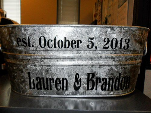 Planning A Rustic Country Wedding See How To Turn Galvanized Tub Into Personalized