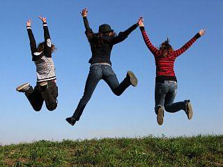 Een vakantie met tieners is niet altijd even gemakkelijk. Toch zijn er manieren om zowel je pubers als de ouders een leuke tijd te bezorgen.