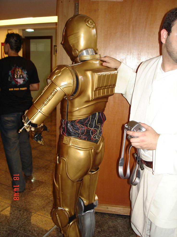 https://flic.kr/p/37LEWY | C-3PO | Fantasia do C-3PO para o musical apresentado na Jedicon, pelo pessoal de Brasília. Ali dentro havia uma pessoa!
