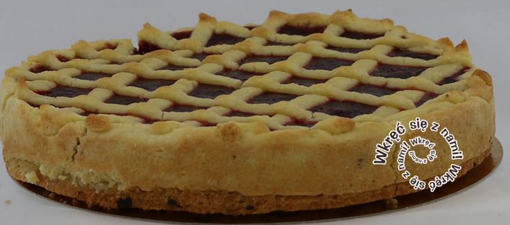Kruche ciasto pokryte waniliowym budyniem na bazie eko-mleka + konfitura malinowa własnej roboty = Malinowa Rozkosz!  #Ciasta #Malinowarozkosz #CafeGóraLodowa #GóraLodowa #Ustka #Słupsk