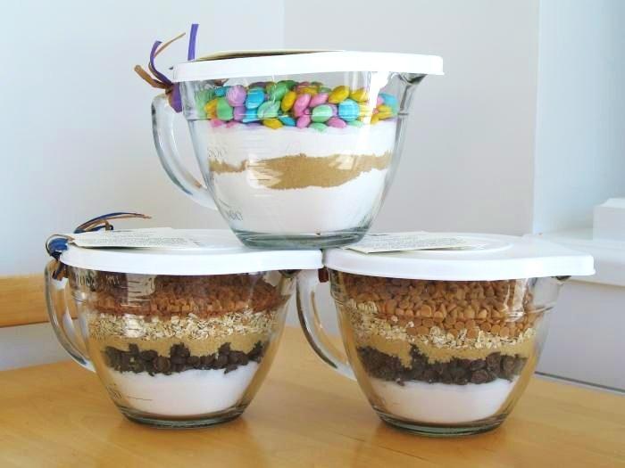 Pampered Chef Measuring Bowl Cake