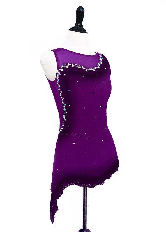Vestido de patinaje artístico con por RichelleJonesDesigns en Etsy