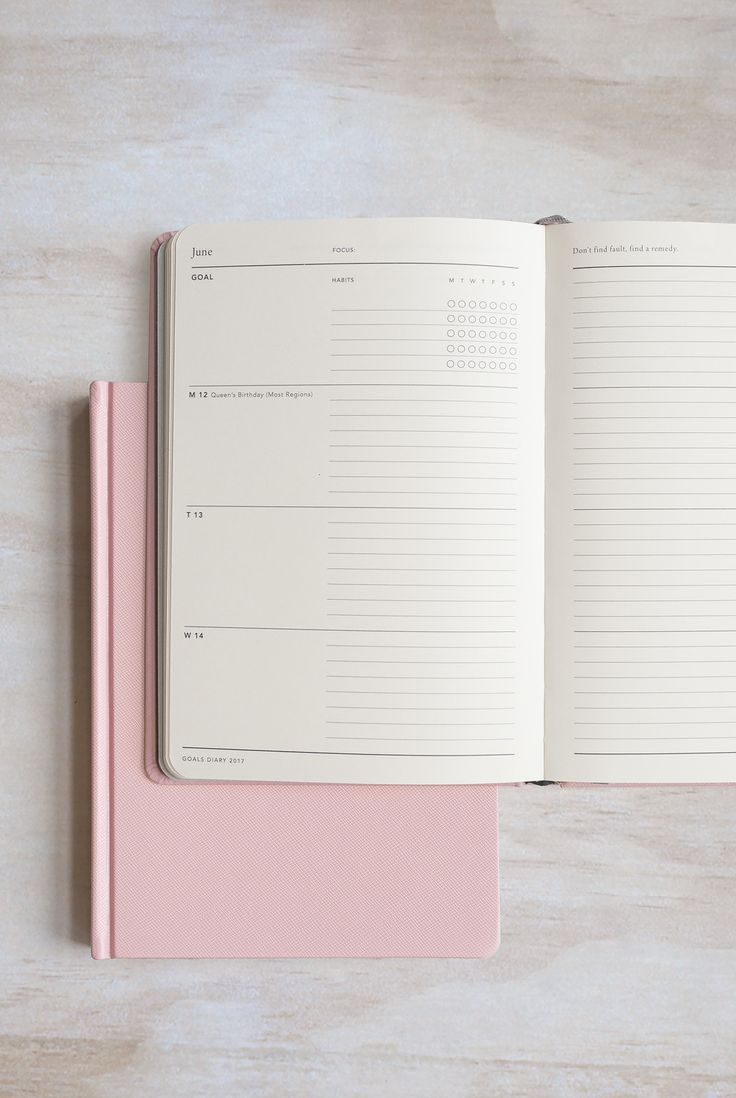Make 2017 even better than 2016! This beautiful planner will help you! Buy Mi Goals - Jasmine Dowling 2017 Goals Diary - Weekly - A5 (15x21cm) - Hard Cover - Pink by Mi Goals from NoteMaker.com.au & receive FREE shipping on Aust orders over $99 & I/N orders over $199