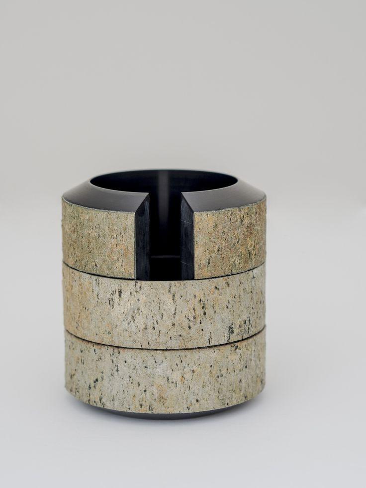 Corian® napkin holder CORTECCIA CORIAN La Casa di Pietra Collection by gumdesign design Gabriele Pardi, Laura Fiaschi