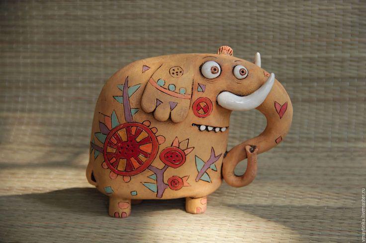 Купить Рыжий слон - оранжевый, глиняная фигурка, глиняная игрушка, подарок, смешной