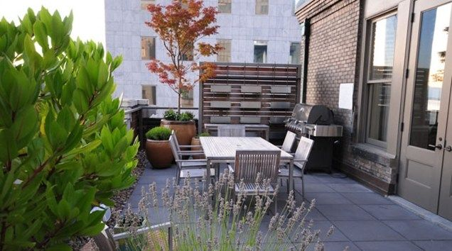 Rooftop garden patio small yard landscaping allworth design landscape architects seattle wa for Jardines chicos decoracion
