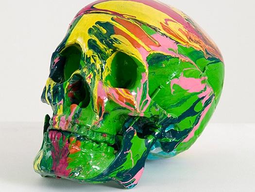 데미안 허스트(Damien Hirst)의 자화상 / 현존하는 가장 부유한 영국 미술가 데미안 허스트의 자화상. 그의 작품세계는 다이아몬드와 시체, 뼈, 피, 해골이 난무한다. 이 작품 역시 논란도 탈도 많았지만 21세기형 최첨단 자화상으로 높은 가격에 낙찰된 자화상이다.