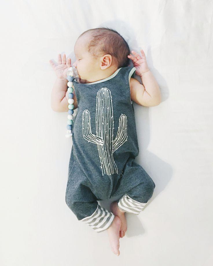 Newborn style for baby boys | Gender neutral newborn style | Cactus romper #babyfashion #ragstoraches #tagyourrags