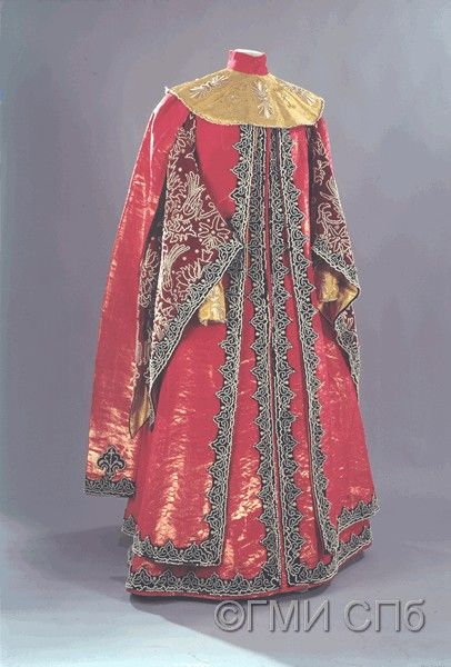 Fancy costume of Grand Duchess Maria Pavlovna for masquerade ball in 1903