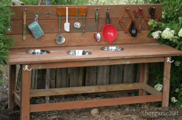 "Awesome step-by-step for an outdoor kids kitchen, or in this case, ""Mud Bar""  I love this!  Just what I want.  The only thing is I would have shelves underneath for more storage ."