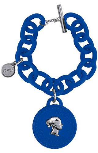 Opsobjects OPS!Trèsor OPSKBR1-10. Blue anallergic resin bracelet with soft-touch finish. Blue polyurethane pendant with metal plated polycarbonate inset. Steel tag inset with logo. #Opsobjects #bracelet