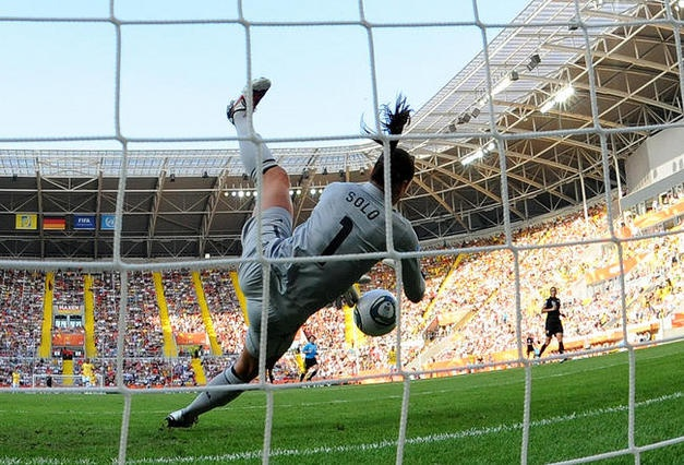 Hope Solo...sweet picture.