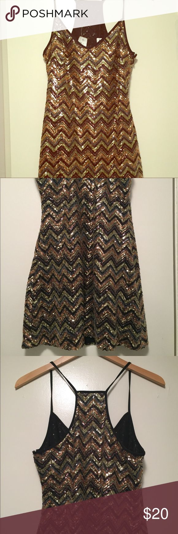 NWT Sequin Bodycon Dress by Ark & Co. Sequin, chevron pattern bodycon by Ark & Co. NWT. Size S. Gold and bronze tones. Spaghetti strap racerback style. Never worn, like new condition. First and last pics show truest colors. Ark & Co Dresses Mini