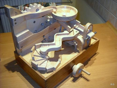 "Ryszard's ""marble machine 4"" in pictures"