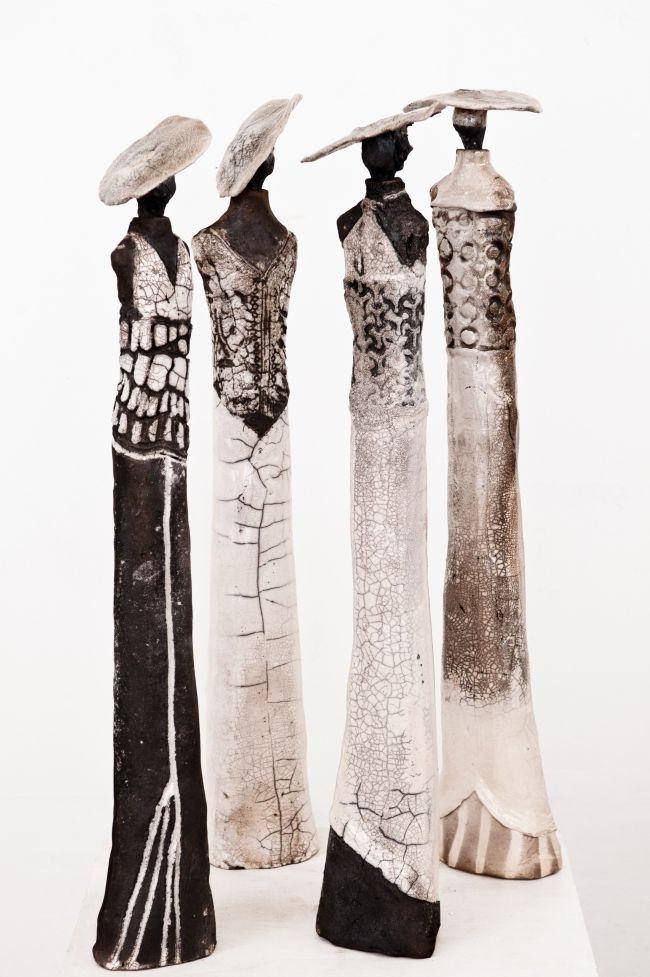 Sculptures raku Marie Juge -  The bride and the raku corset are back! - - I find the paths of earth and the fire.