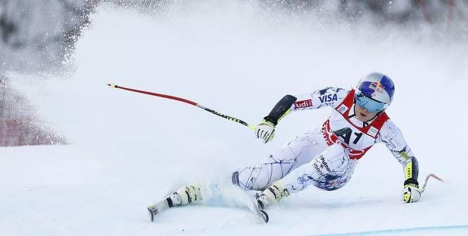 Lindsey Vonn, victorieuse de la descente samedi, s'est de nouveau imposée à Altenmarkt-Zauchensee (Autriche) dimanche. La skieuse américaine s'est adjugée le super-G devant Lara Gut, qui la devance encore au général (+0