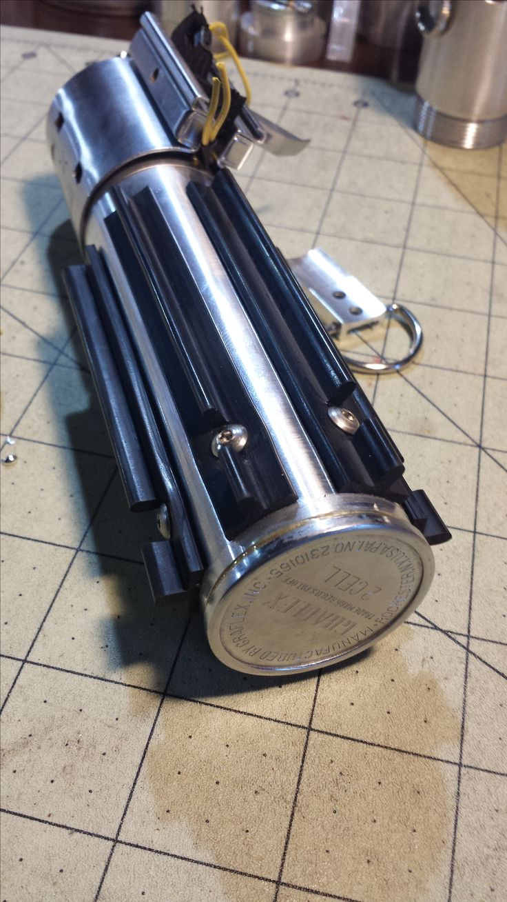 MHS Graflex Custom Lightsaber Build. Authentic Graflex bottom machined with an MHS double male to create a removable pommel.