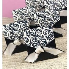 Flourish Favour Boxes - Black and White