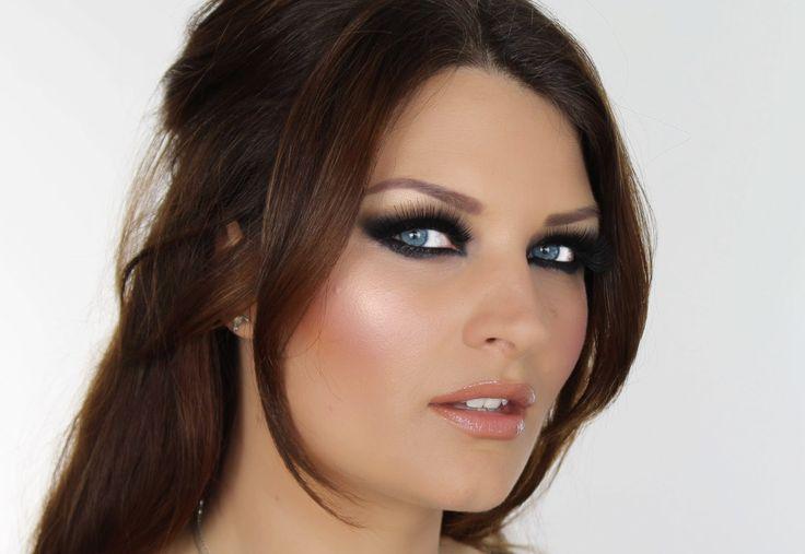 Geen behoefte aan valse wimpers, omdat je gewoon je eigen mooie volle wimpers kunt dramatiseren. Wimpers krullen niet door mascara. http://www.emeral-beautylife.nl/wimpers-krullen-niet-door-mascara/