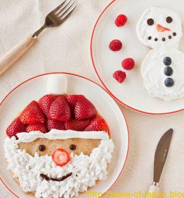 Santa and snowman pancakes - creative Christmas breakfast // Mikulás és hóember palacsinta eperrel és tejszínhabbal gyerekeknek // Mindy - craft tutorial collection // #crafts #DIY #craftTutorial #tutorial #SantaCrafts #Santa #ChristmasCrafts