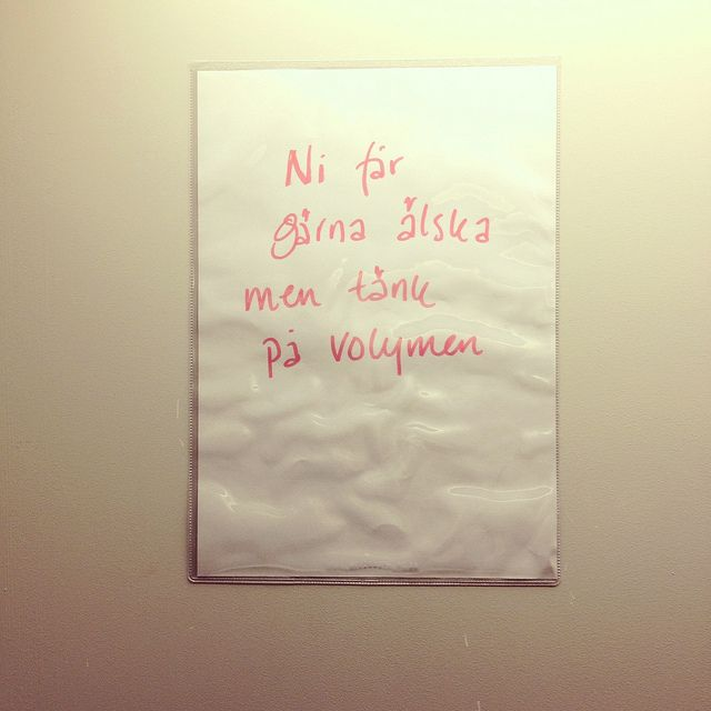 Angry note in Swedish <3  by Drömma, via Flickr