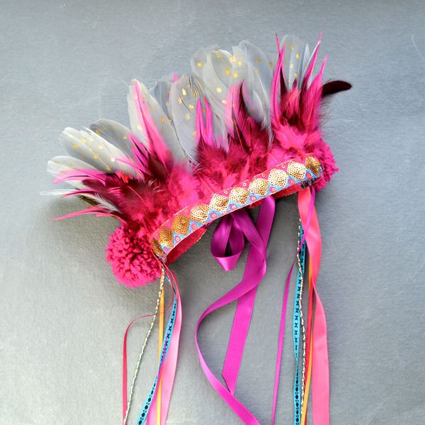 Gorgeous feathery headdress