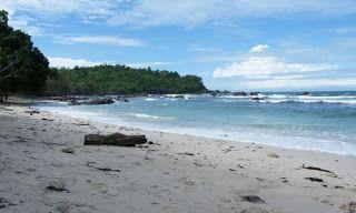 BeyKhansaa Tour Travel: Pantai Wedi Ombo Yogyakarta