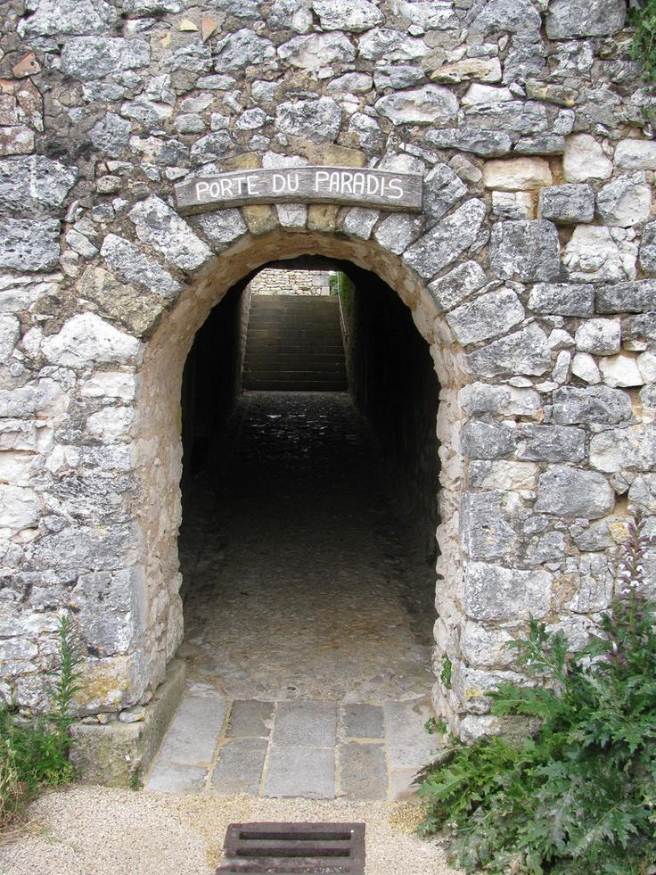 Monpazier, Dordogne - France  Next door: west side of Porte de Paradis (Door of Paradise),