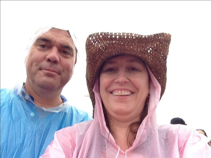 Richard & Sharon on a wet day at Day on the green