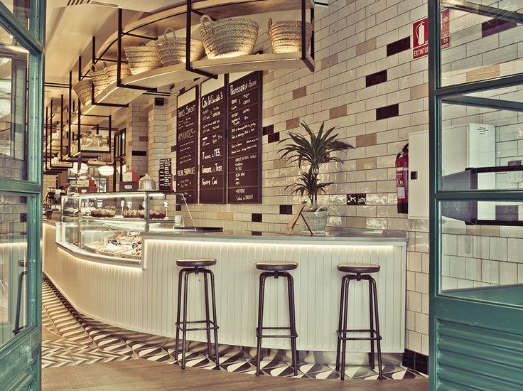 https://i.pinimg.com/736x/0f/6f/e7/0f6fe7a4a93ad9ef62e16c8794bcc798--cafe-counter-bar-restaurant.jpg