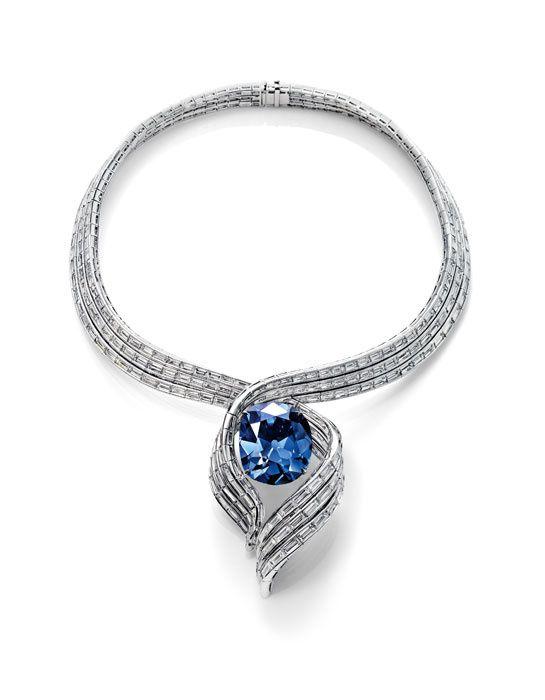 Le Hope Diamond d'Harry Winston http://www.vogue.fr/joaillerie/le-bijou-du-jour/diaporama/le-diamant-winston-legacy-101-carats-d-harry-winston/13798#!2