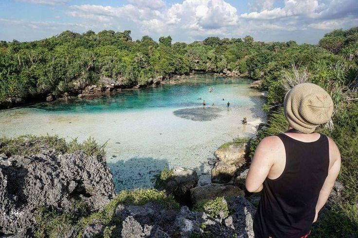 The beautiful Waekuri Lake in Sumba Island.  Disini kalian bisa berenang dan tak lupa menikmati keindahannya.  #ExploreSumba #opentripsumba #tripsumba #tukangjalantrip #PesonaIndonesia #WonderfullIndonesia #ExploreNusantara #Liburan #Traveling