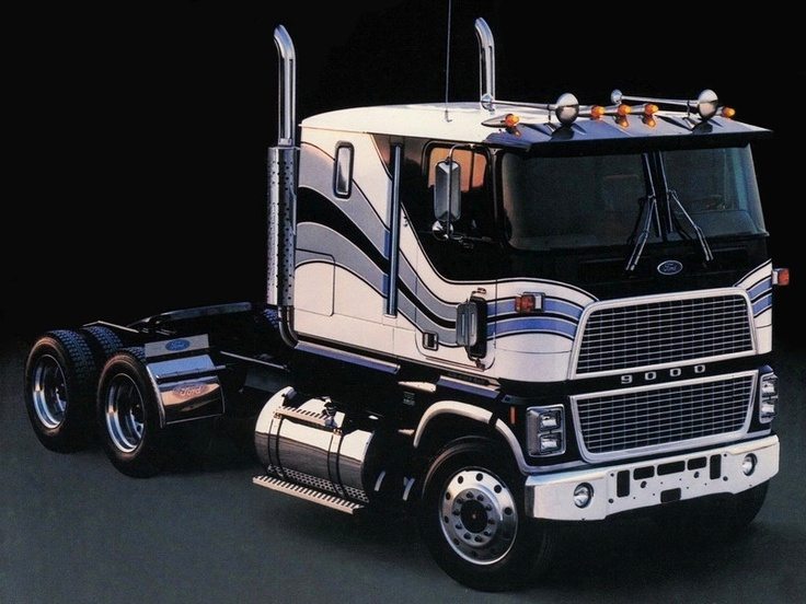 Ford CL9000 COE in his day he was the king of the hill for a time!