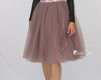 Artículos similares a Falda de tul de las mujeres en carbón de leña gris plata satinado forro sash satén cintura. Falda tutú adulto en Etsy