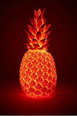urban outfitter ananas light goodnight light lampe ananas avec prise europenne rose http