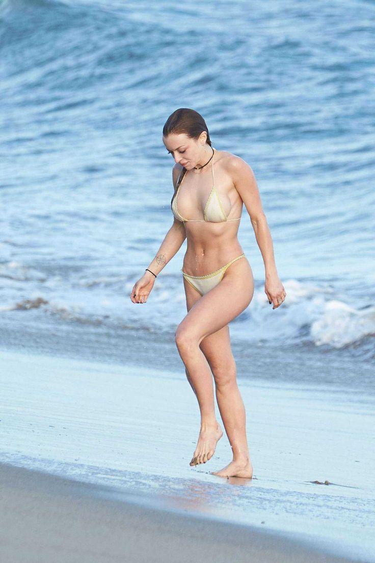 #Beach, #Bikini, #FrancescaEastwood, #Malibu Francesca Eastwood in Bikini on Malibu Beach | Celebrity Uncensored! Read more: http://celxxx.com/2017/03/francesca-eastwood-in-bikini-on-malibu-beach/
