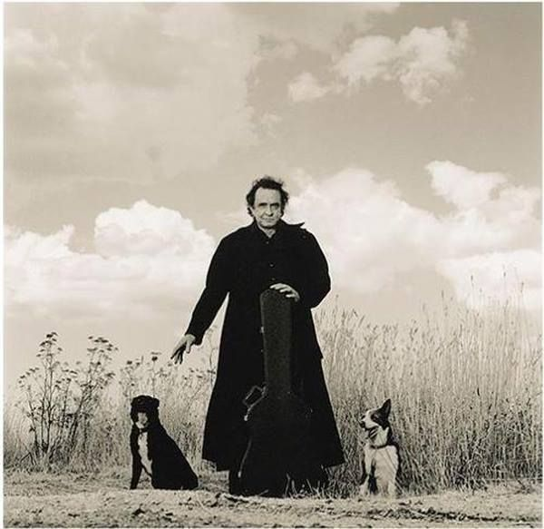 Johnny Cash and his dogs Hell & Redemption