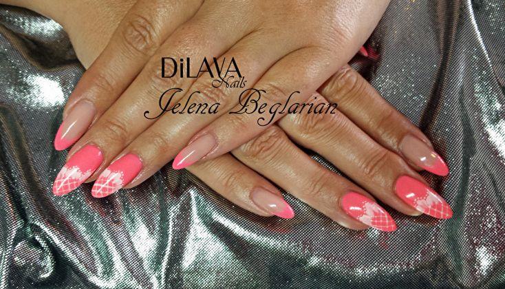 Pink nails by DiLAVA nails