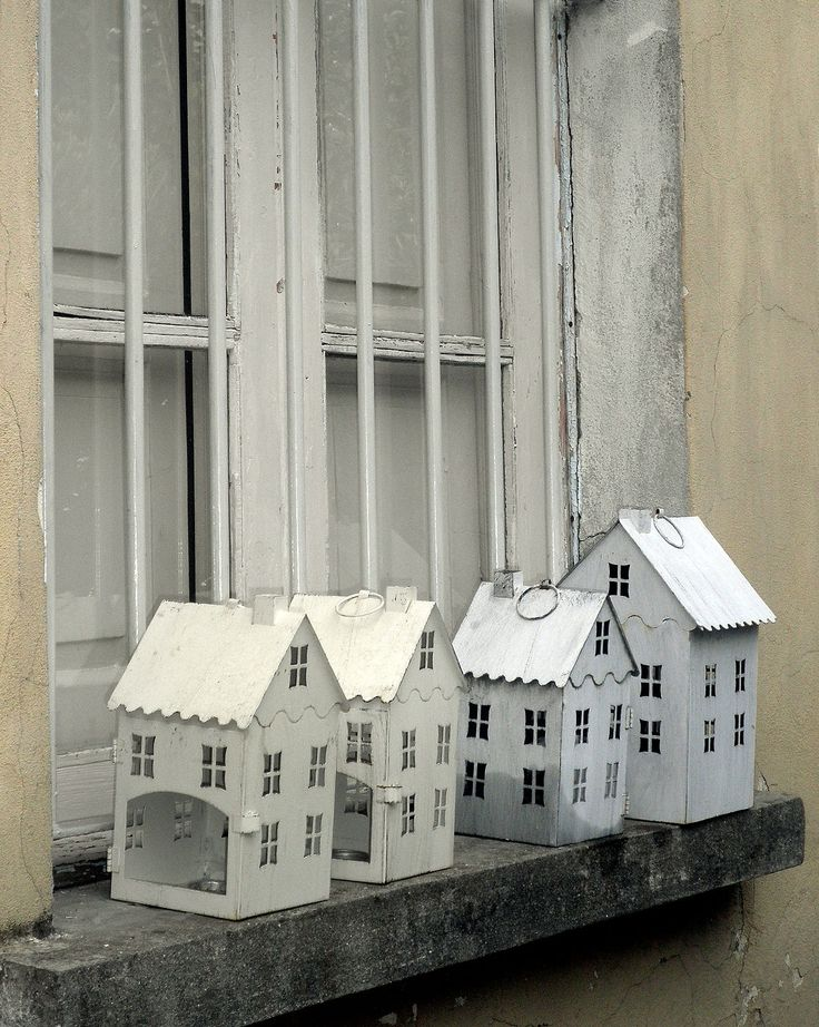 I love little houses. mikapoka.com pics