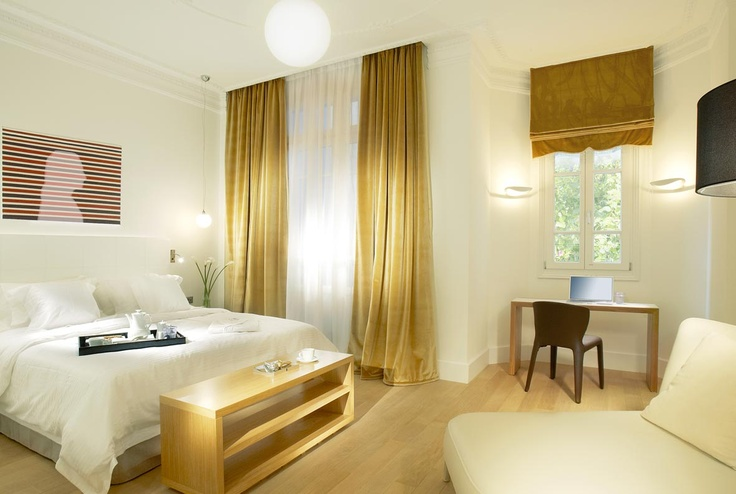 Excelsior Room, Thessaloniki Greece  http://www.excelsiorhotel.gr/thessaloniki-double-rooms.php