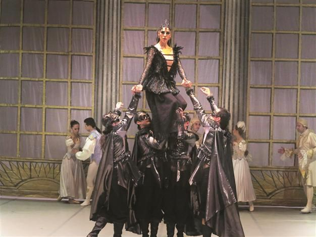 """The Antalya State Opera and Ballet will premiere the famous ballet """"Sleeping Beauty,"""" based on the story by the Grimm Brothers, on April 22 at the Antalya Haşim İşcan Culture Center."""