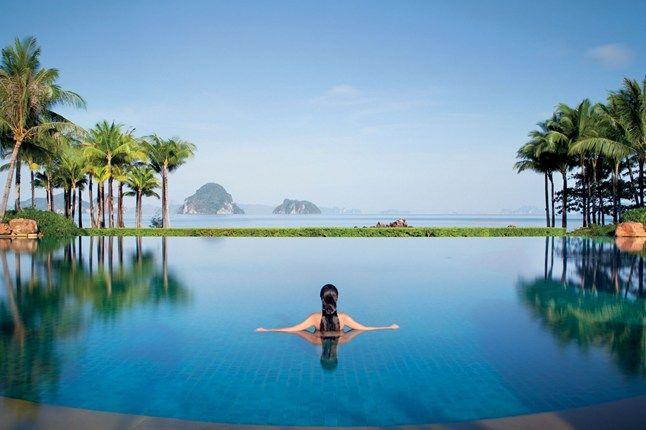 Piscine de l'hôtel Phulay Bay Ritz-Carlton Reserve en Thaïlande
