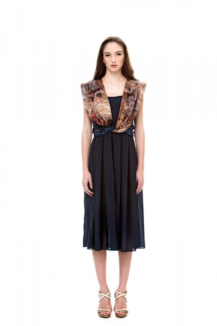 Mid - length dress