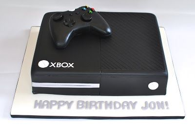 XBox Cake with fondant controller