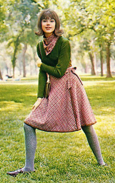 1963 Seventeen Magazine with fave model Colleen Corby, and wearing iconic sweater and skirt combo