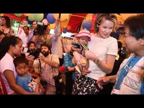 Queen Mathilde visited poor children in Laos
