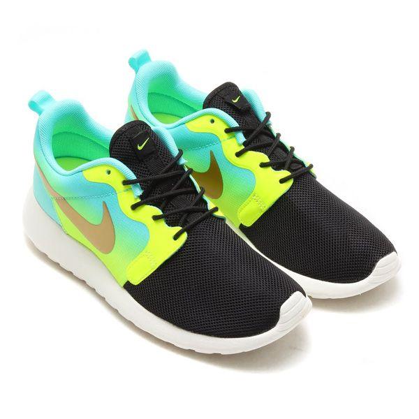 Best Drop Shipping Nike RosheRun HYP PRM QS Mens running shoes Fluorescent yellow a