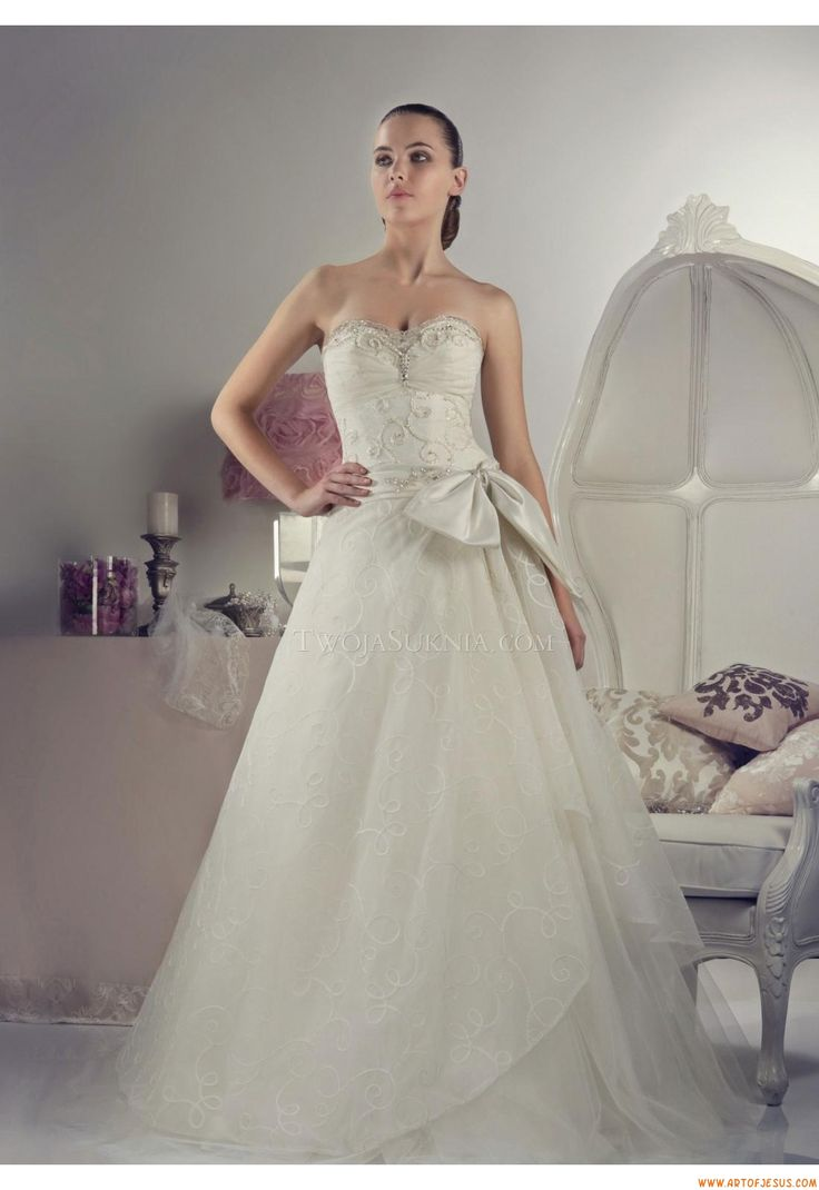 24 Best Romantica Wedding Dresses Images On Pinterest